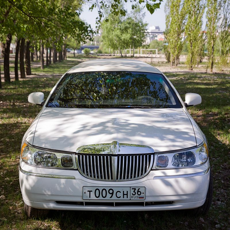 Lincoln Town Car III – 2300 ���./���