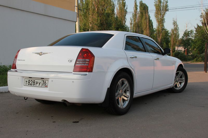 Chrysler 300С – 900 руб./час