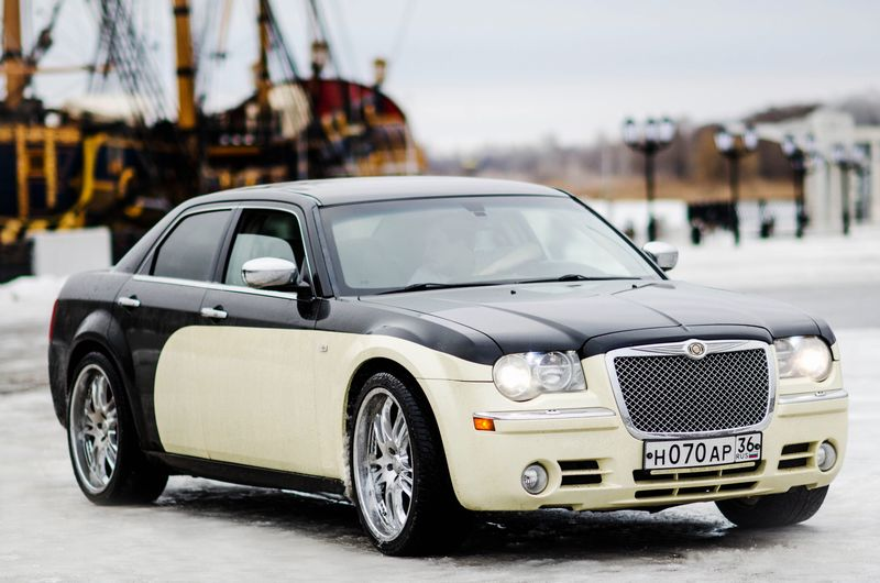 Chrysler 300C – 1500 руб./час