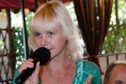 Тамада, ведущая, певица Нина Тогушева