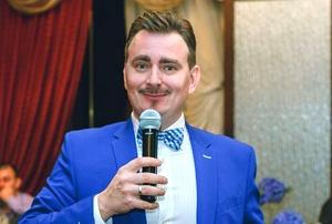 Тамада, ведущий Роман Гордеев