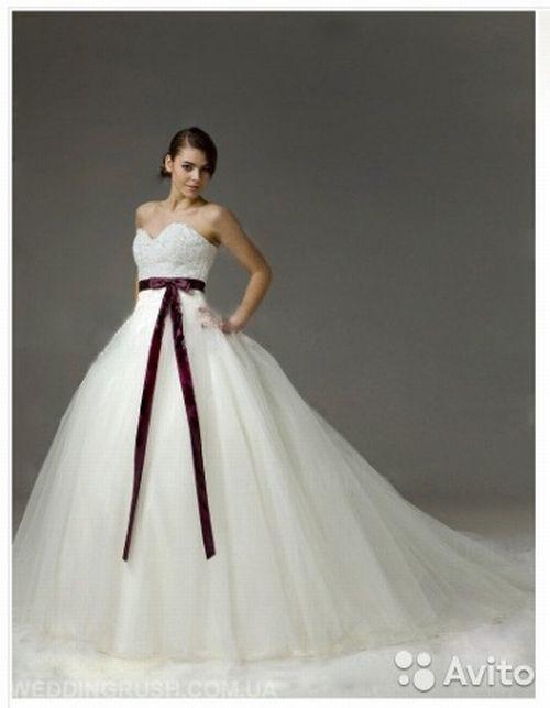 Война невест фото в свадебном платье