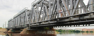 Железнодорожный мост в Отрожке