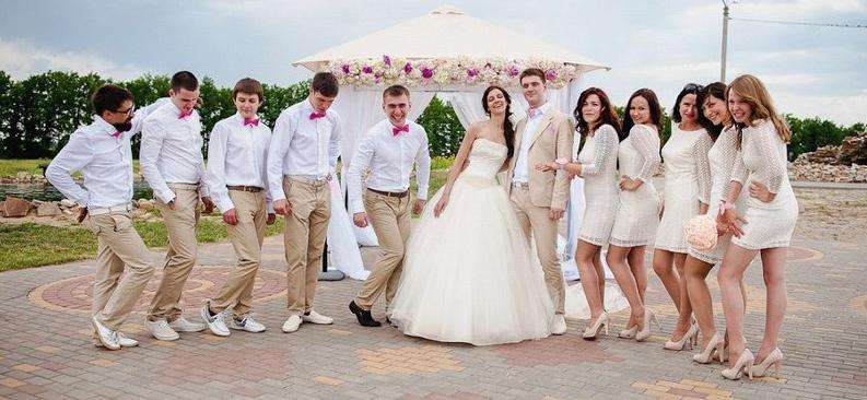 Невесты в колготках на свадьбе ролики