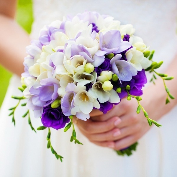 Букет из фрезий фото свадебный