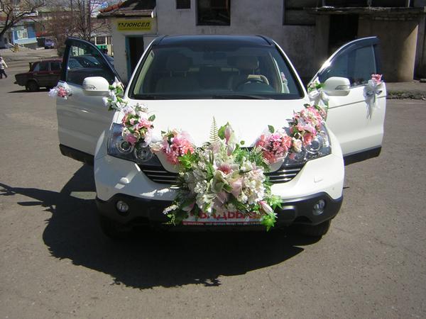 Украшение свадебного машины фото